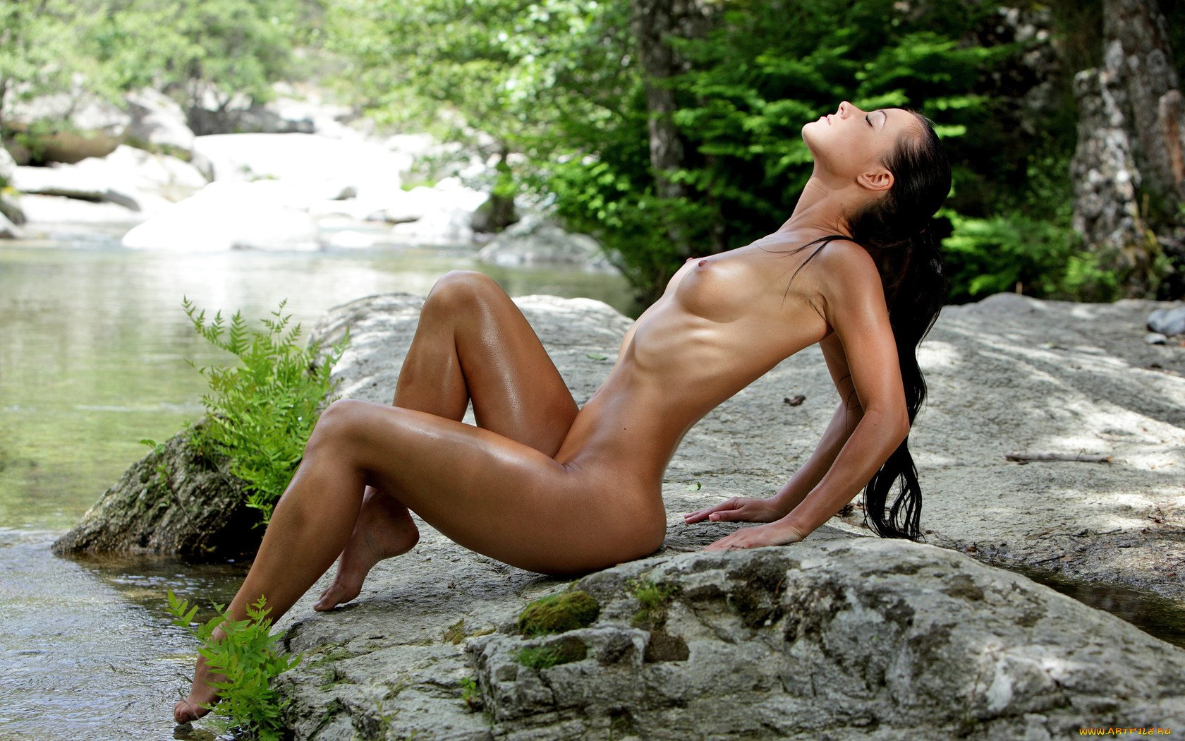 Girls nature nude in Mobile Real