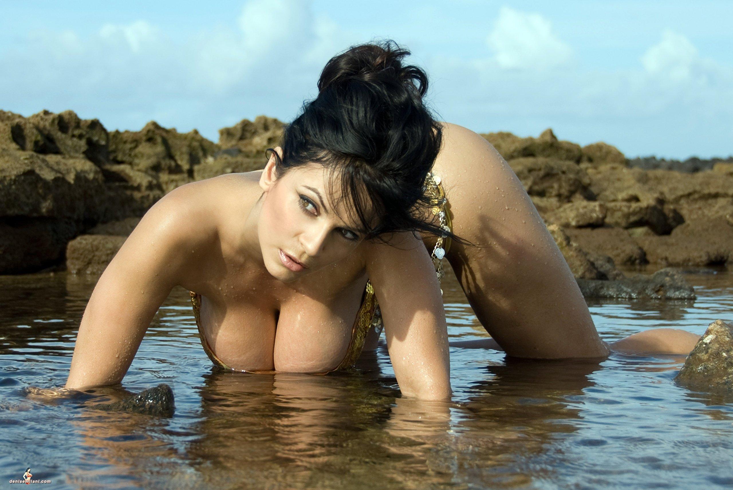 Milani nude denise Hot Photos